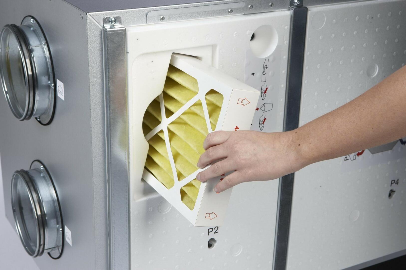 Ventilationsanlæg filterskift